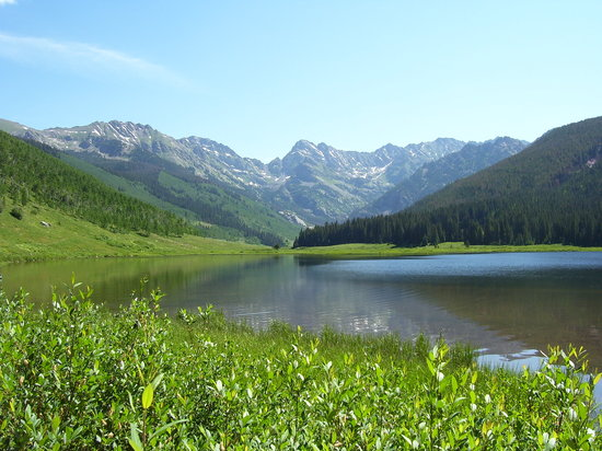 Вейл, Колорадо: Piney River Ranch- the lake & mountains