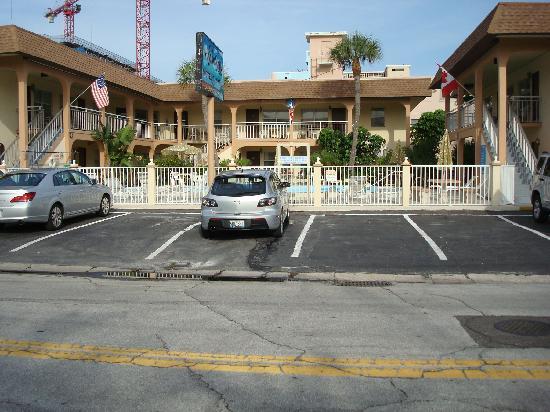 Echo Sails Motel