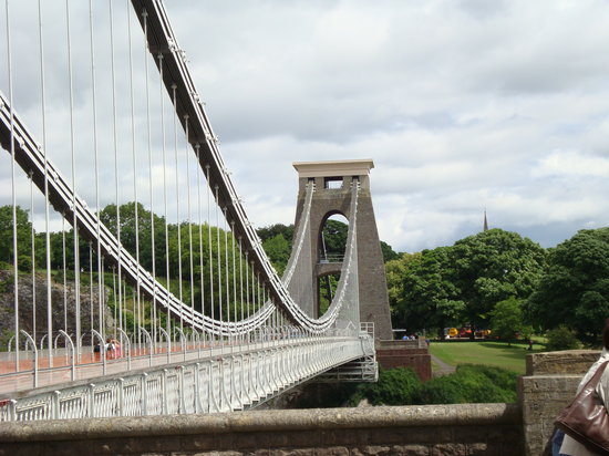‪Clifton Suspension Bridge‬