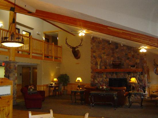MountainView Lodge & Suites: Hotel Reception