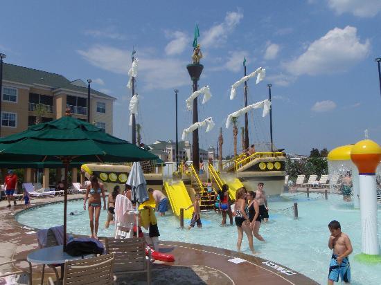 Sheraton Broadway Plantation Resort Villas: Kids pirate ship