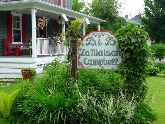 A la Maison Campbell B&B: Vue extérieure