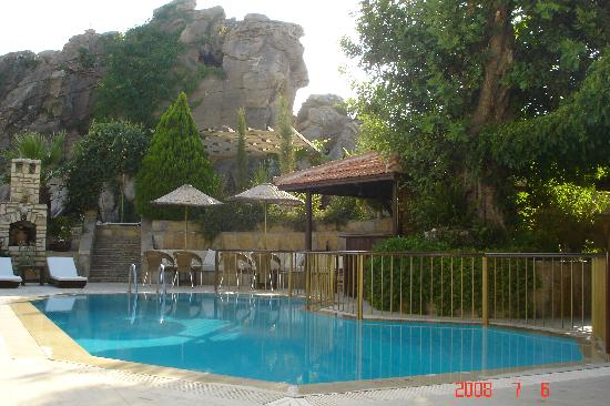 Aegean Gate Hotel: Pool & Terrace