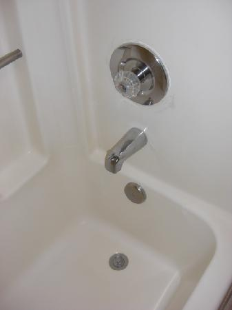 Best Western Cordelia Inn : good clean faucets