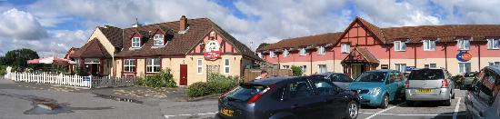 Willerby, UK: Innkeepers Lodge Exterior with Toby Carvery