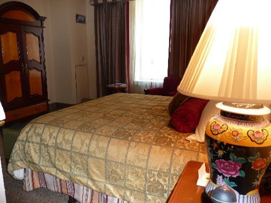 Hotel Providence: room