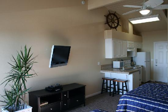 The View Inn & Suites : Flat Screen TV