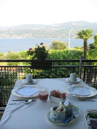 Hotel Ristorante Belvedere: View from our breakfast table