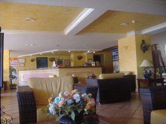 Hotel Olé Tropical: Reception