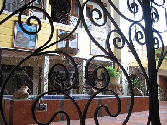 Hotel Don Carlos: DON CARLOS HOTEL