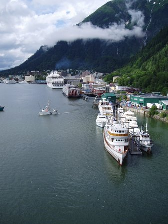 Джуно, Аляска: port of Juneau