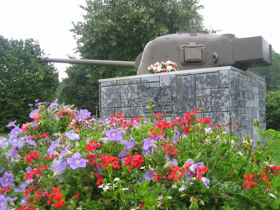 Beiroet, Libanon: Hotton (Belgium) - Battle of the Bulges memorial