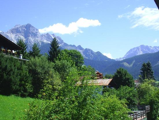 Landgasthof-Hotel Almerwirt: Blick auf den Ort