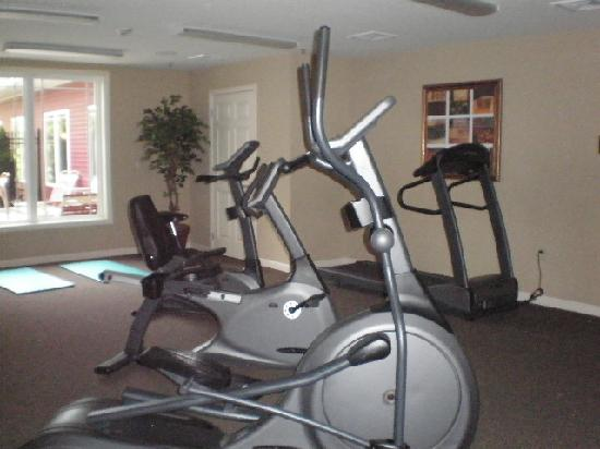 Patriot Suites: Exercise room