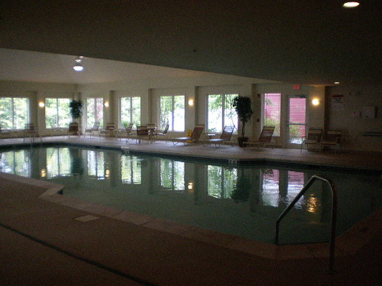 Patriot Suites: Indoor pool
