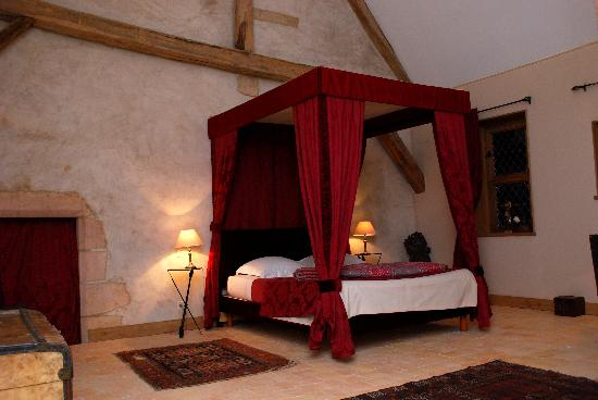 Chateau de Forges: Our lovely spacious room in the castle. Waking up here makes you feel like a princess!