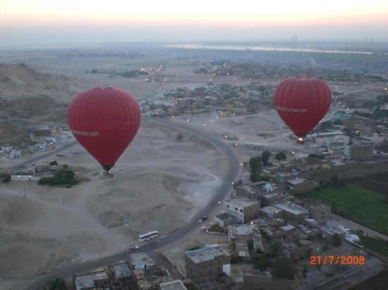 Magic Horizon Hot Air Balloons: Ballons