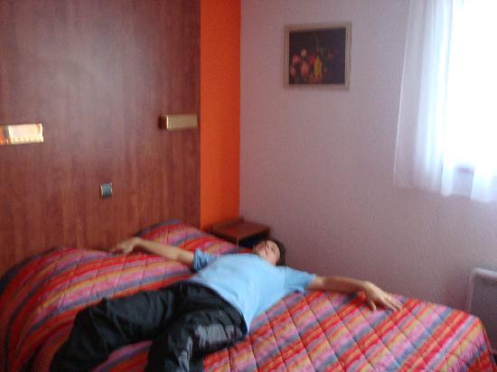 Arcantis Hotel Hexagone Arc-en-Ciel : room