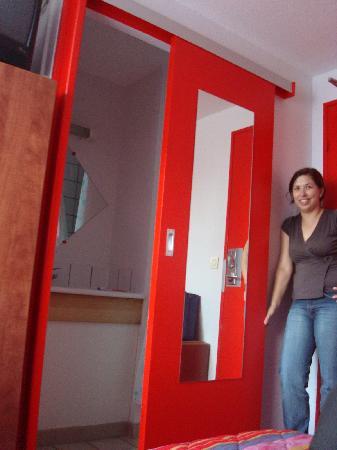 Arcantis Hotel Hexagone Arc-en-Ciel : bathroom