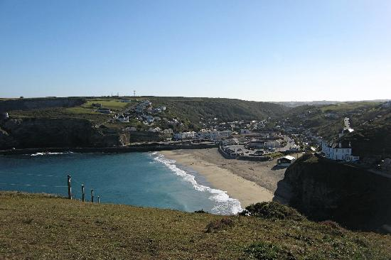 ‪‪Portreath‬, UK: the beach at Portreath‬