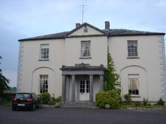 Blanchville House: view of the main entrance