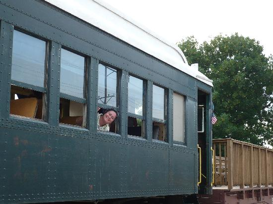 Belton, MO: The passenger car