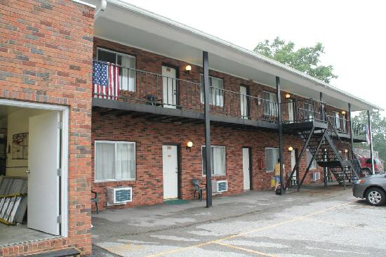 Hermann Motel: The Old Wing