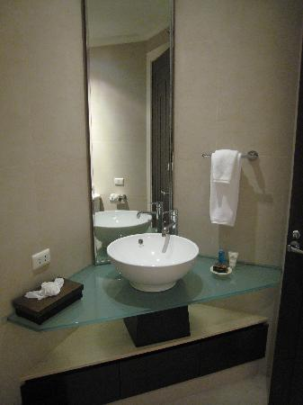 Marriott's Mai Khao Beach - Phuket : Two bed rooms villa - guest room washroom