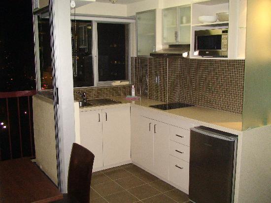 Hyde Park Inn: kitchen