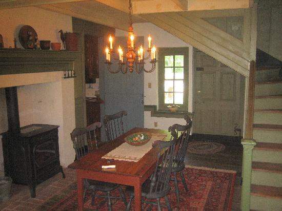 18th century inn reviews newville pa tripadvisor for Living room designs in jamaica