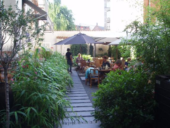 Bertrams Guldsmeden - Copenhagen: Courtyard