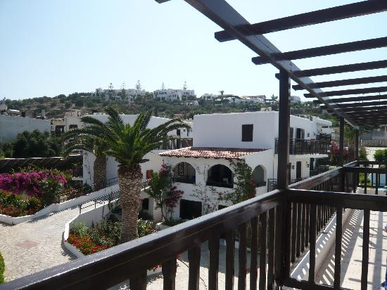 Hersonissos Maris Hotel and Suites: vue chambre