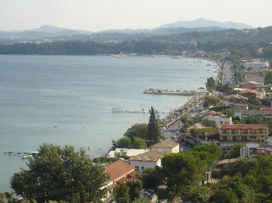 Pyrgi, Grèce: Vue de la piscine