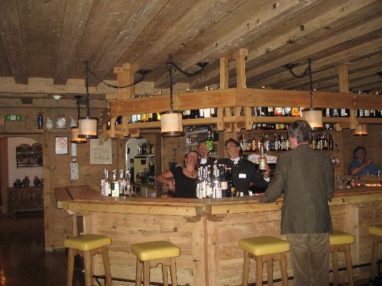 Armentarola Hotel : the Bar