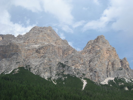 San Cassiano, Italia: Mountain View from the Hotel