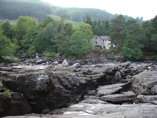 Killin, UK : The Falls of Dochart 3