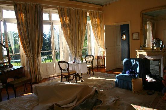 Le Clos des Tourelles : Our Room