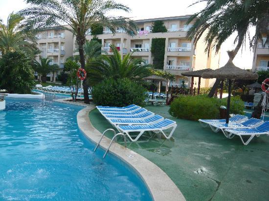 Prinsotel La Dorada: The Pool