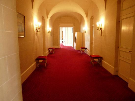 Couloir - Photo De Chateau D U0026 39 Artigny  Montbazon