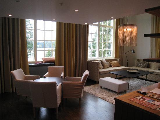 Naas Fabriker Hotel och Restaurang: Sitting area