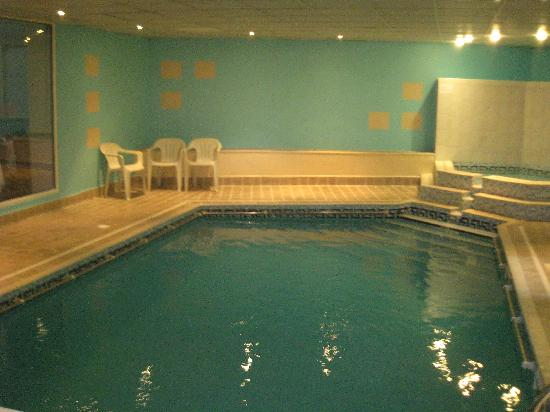 The Coppice: Indoor pool/ Jacuzzi