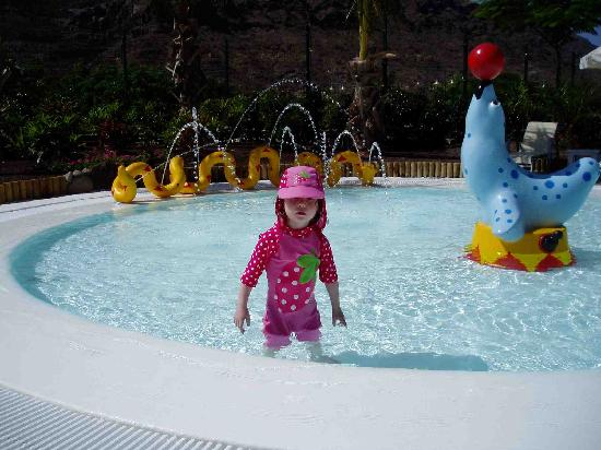Cordial Mogan Valle: The childrens' pool was great - the kids loved it!