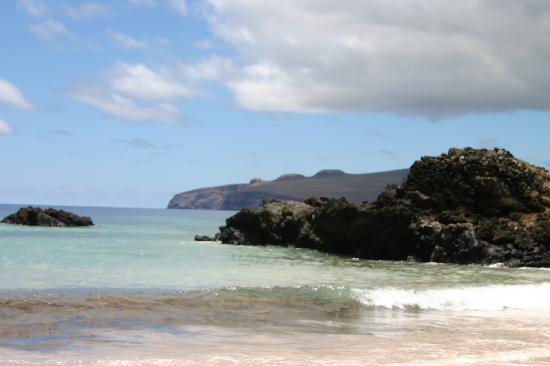 explora Rapa Nui - All Inclusive : View from Ovahe Beach