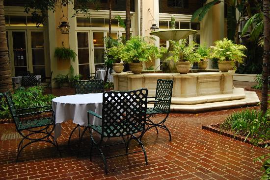 New Orleans, LA: luise xvi hotel court yard