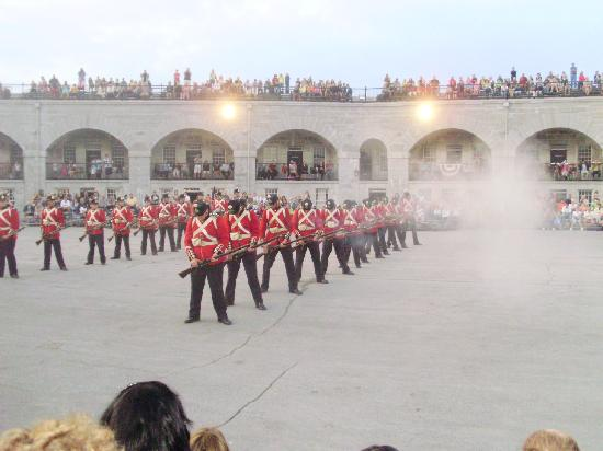 Fort Henry (Fort Henry National Historic Site): Battle re-enactment