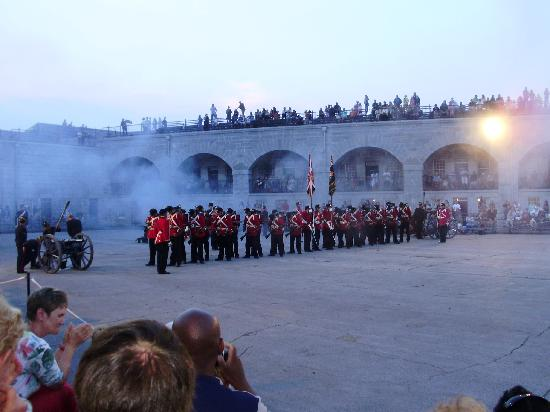 Fort Henry (Fort Henry National Historic Site): Battle re-enactment with cannon (cover your ears!)