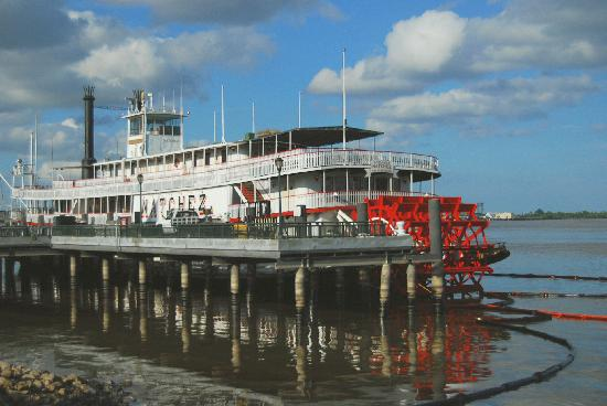 New Orleans, LA: steamboat