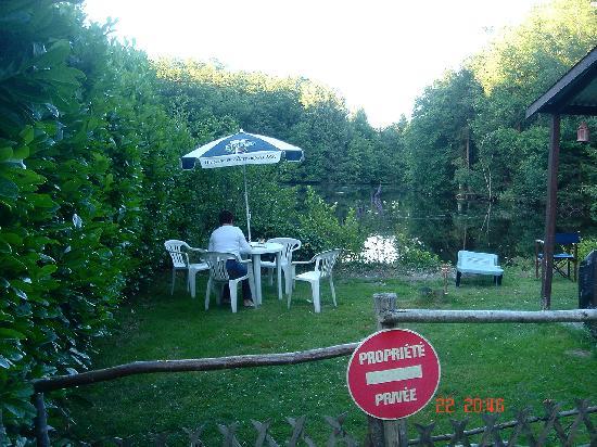La Ferme du Lac : The garden.