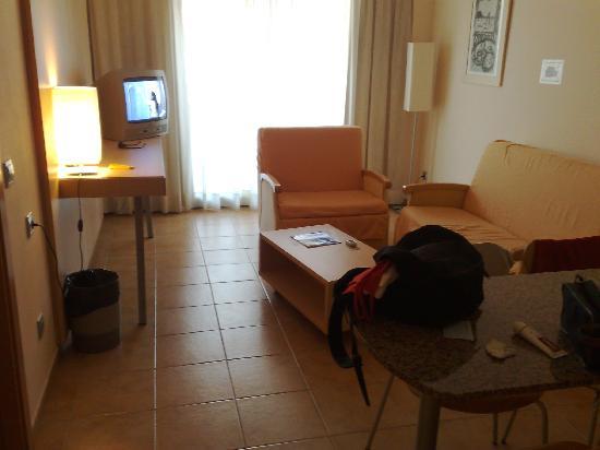 Advise Aparthotel Reina : apartamento 2/4 personas
