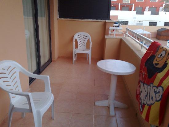 Advise Aparthotel Reina: terrazon